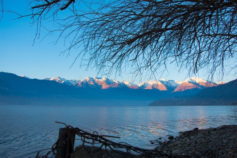 惊人的日落在Dorio, Como湖-意大利 库存照片