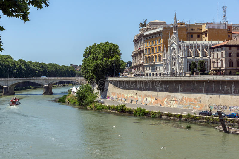 惊人的观点的判决撤销和台伯河最高法院在市罗马,意大利 库存照片