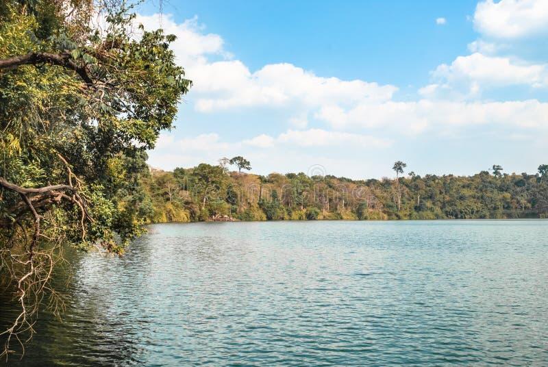 惊人的vulcanic湖 免版税图库摄影