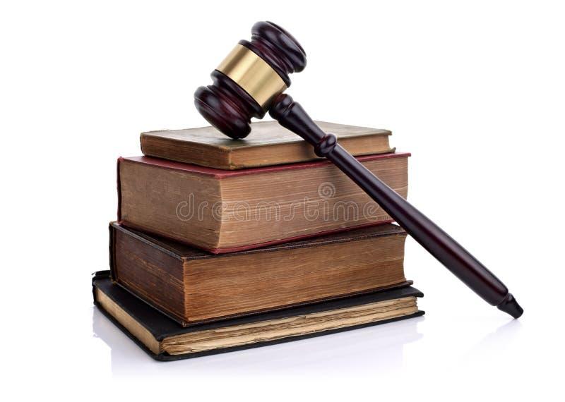 惊堂木和法律书籍 免版税图库摄影