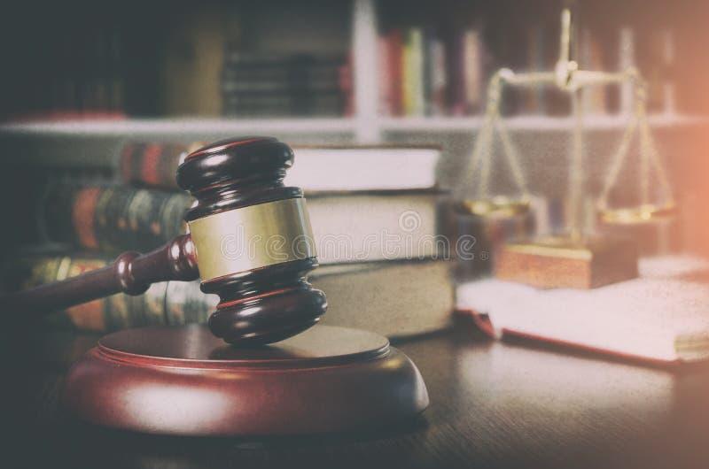 惊堂木法庭上室图书馆 免版税库存照片