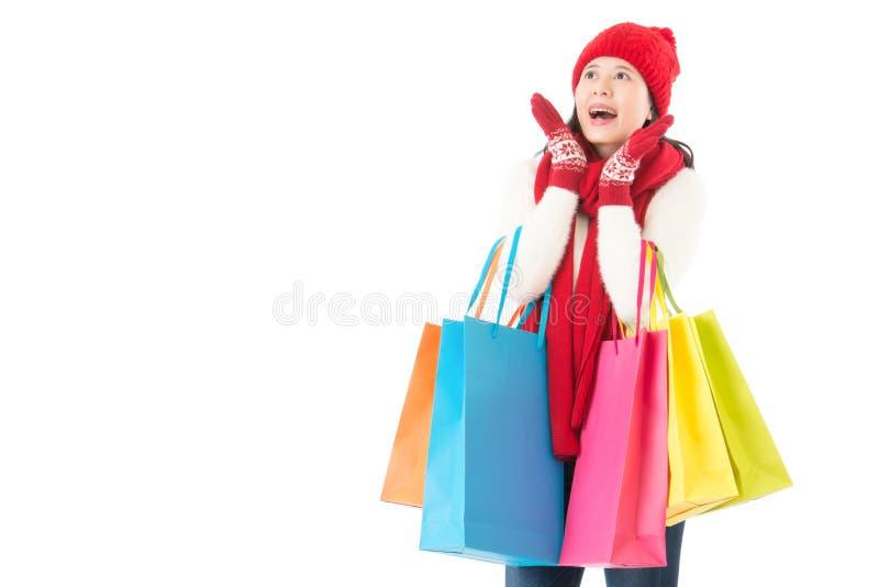 惊奇为冬天销售 五颜六色的圣诞节购物 库存图片