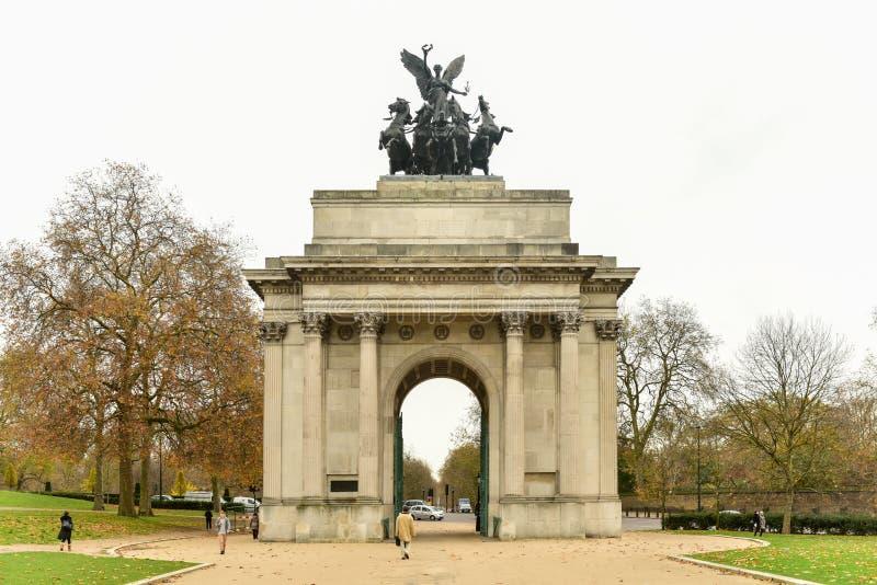 惠灵顿纪念曲拱,伦敦公爵 免版税图库摄影