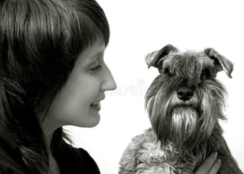 愉快她的责任人宠物 免版税库存照片