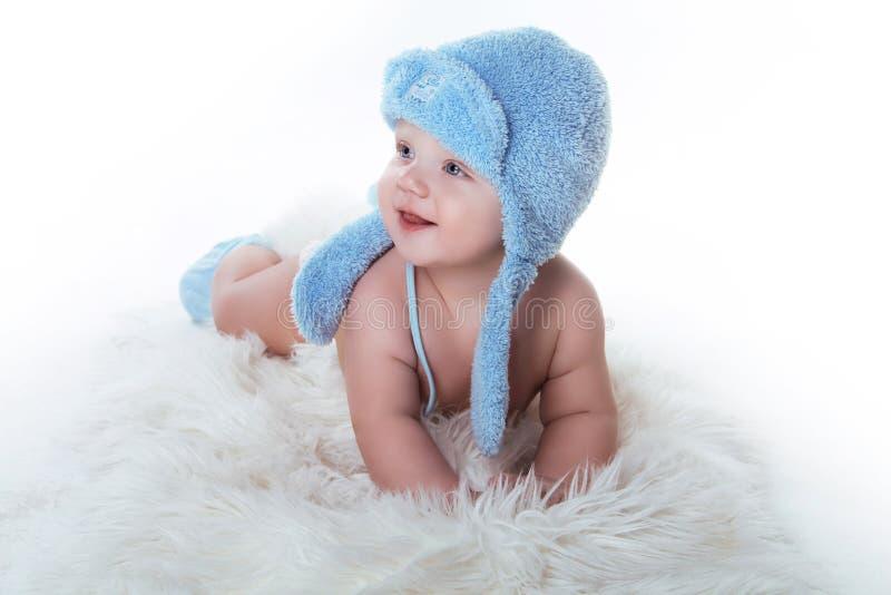 愉快微笑的男婴微笑 免版税库存图片