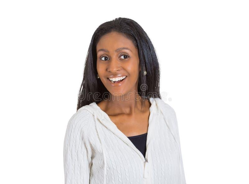 愉快惊奇的妇女笑 免版税库存图片