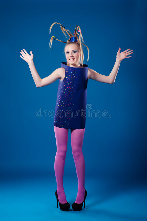 愉快狂欢节的女孩 免版税库存照片
