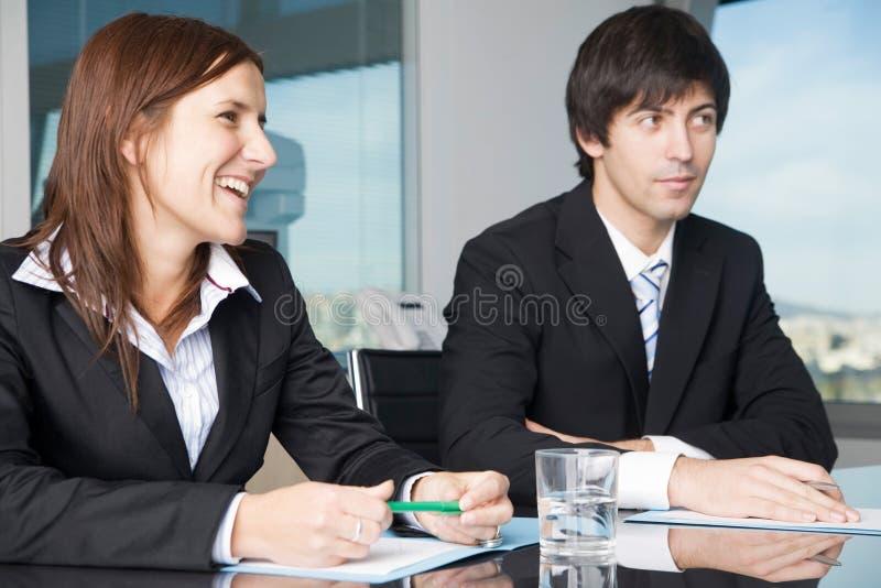 愉快的企业negotiatons 库存图片