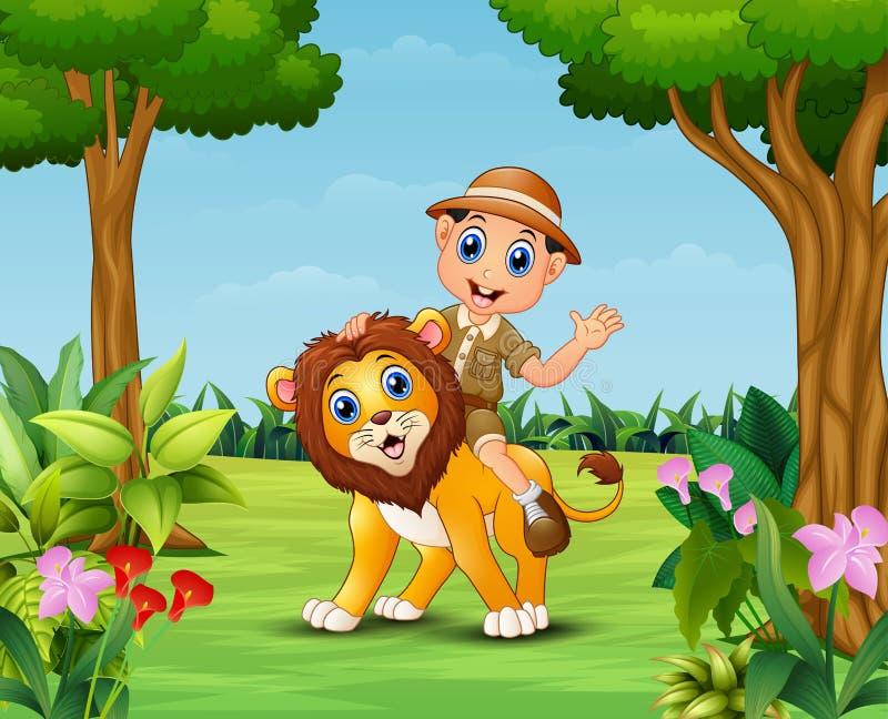 愉快的动物园管理员男孩和狮子在一个美丽的庭院里 皇族释放例证