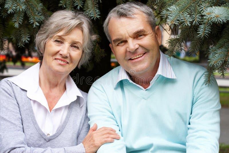 愉快的夫妇 免版税库存图片