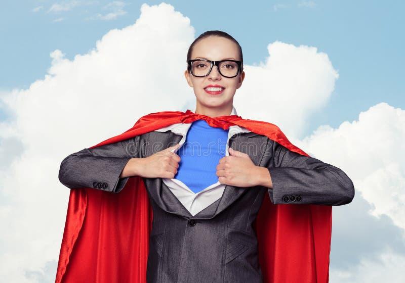 愉快的女商人超级女英雄 免版税图库摄影