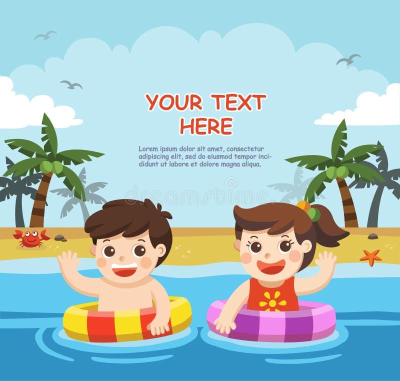 愉快的孩子使用并且游泳在海滩 皇族释放例证