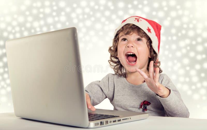 愉快的小的圣诞老人 免版税库存照片