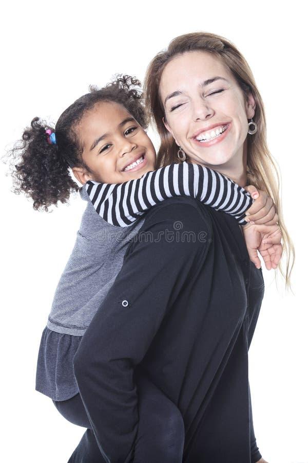 愉快的快乐的非洲家庭画象  免版税库存图片