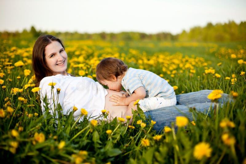 愉快的怀孕 免版税图库摄影