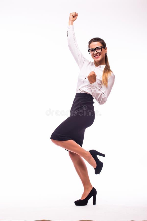 愉快的打手势的年轻快乐的微笑的女商人 免版税库存照片