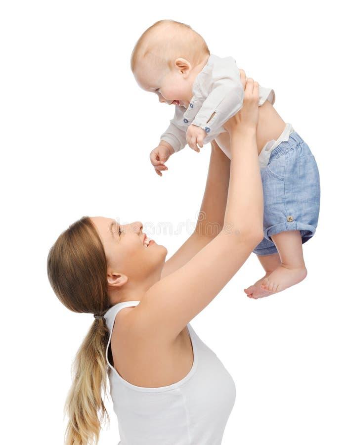 Download 有可爱的婴孩的愉快的母亲 库存照片. 图片 包括有 母亲, 关心, 少许, 妈妈, 男朋友, 逗人喜爱, 女儿 - 30336358