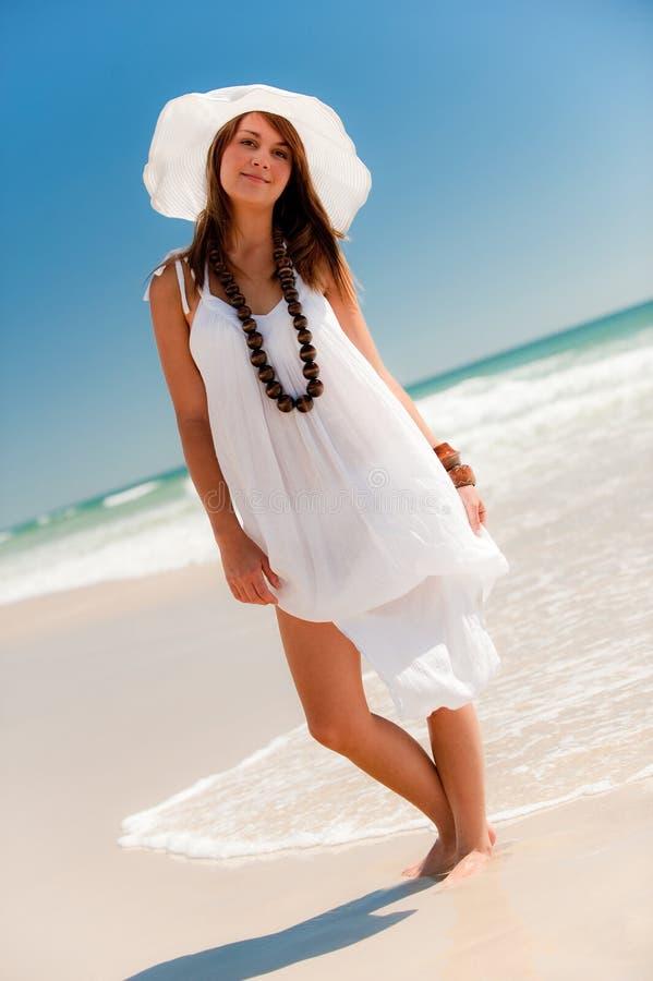 愉快的海滩 免版税库存图片