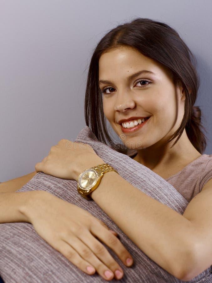 愉快的纵向妇女年轻人 图库摄影