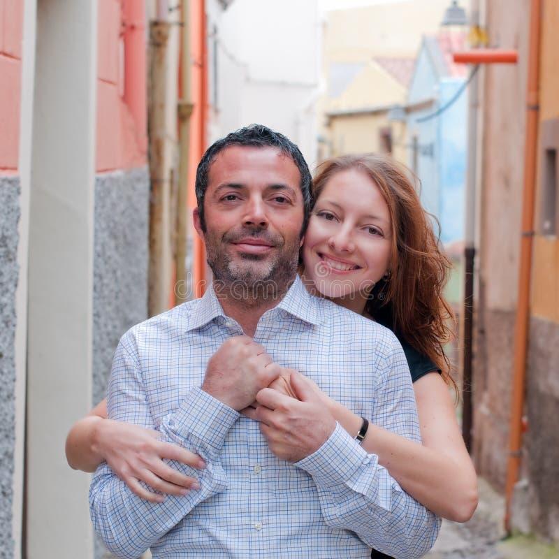 愉快的美好的夫妇 免版税库存图片