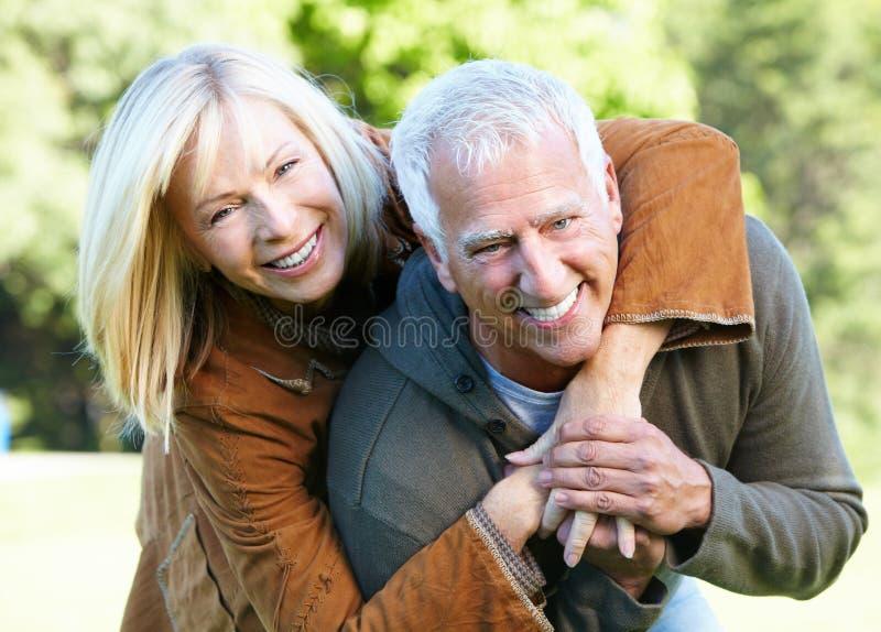愉快的资深夫妇。 库存照片