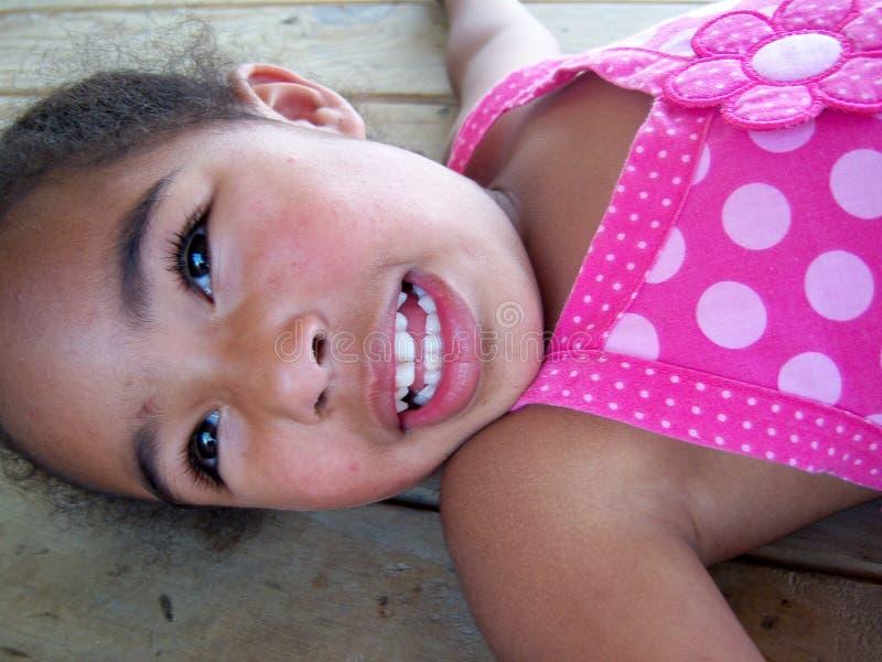 愉快非洲裔美国人的女孩 免版税库存图片