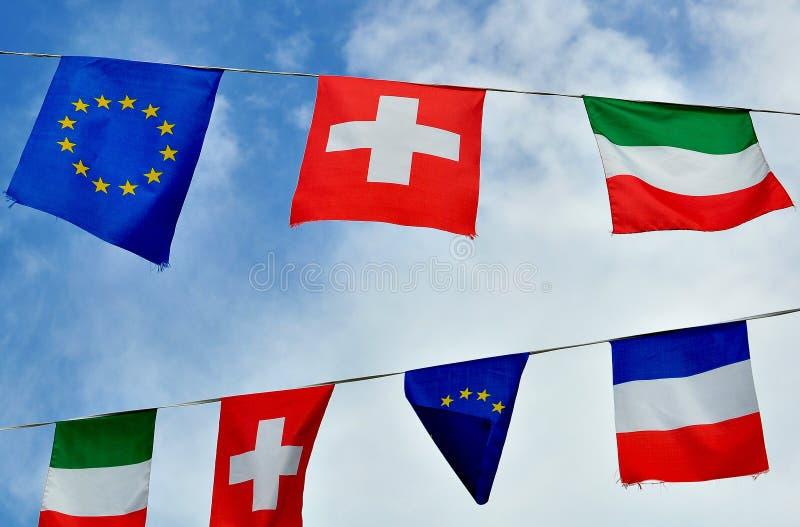 意大利、法国、瑞士和欧盟旗子  库存图片