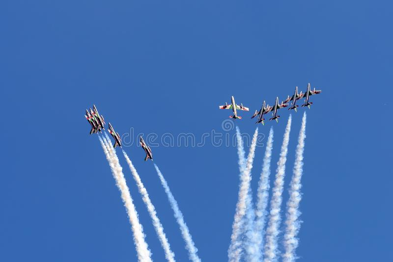 意大利人Frecce Tricolori显示队航空器 免版税库存照片