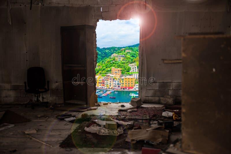 意大利利古里亚的波托菲诺,从一处贫穷的家中 库存图片