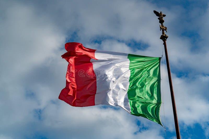 意大利旗子意大利绿色白色和红色在罗马 免版税库存照片
