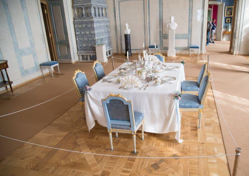 意大利沙龙或餐厅在Rundale宫殿,拉脱维亚里面 免版税图库摄影