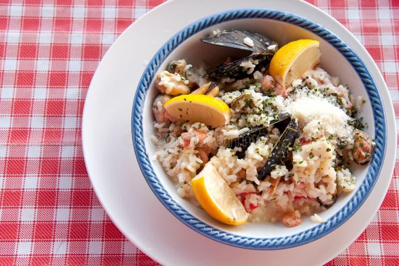 意大利煨饭海鲜 免版税图库摄影