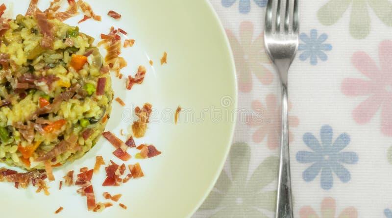 意大利煨饭用果酱和蘑菇 库存图片