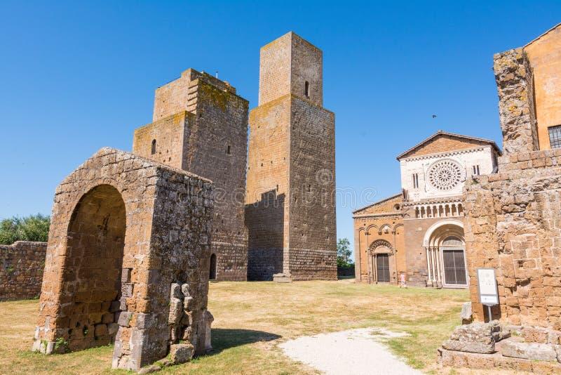 意大利维泰博市图斯卡尼亚:圣彼得教堂外 免版税图库摄影