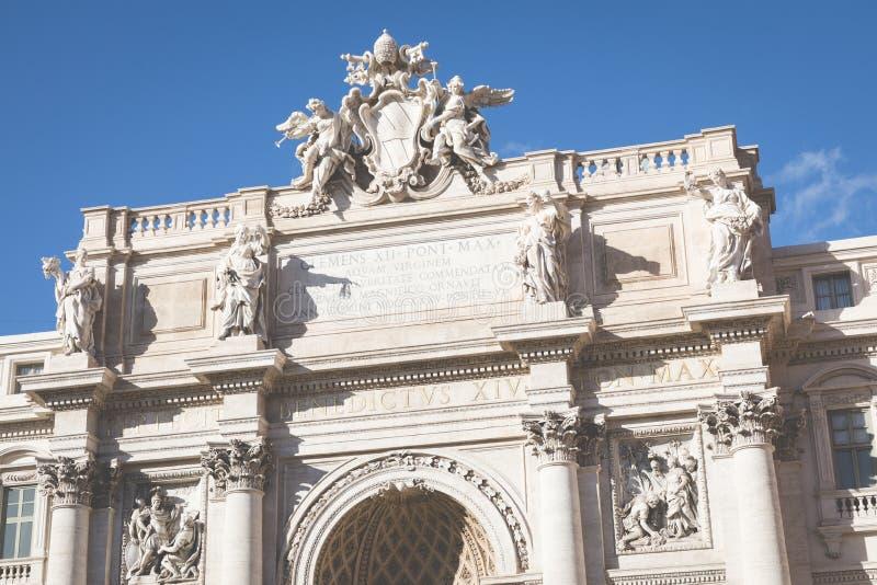 意大利罗马 其中一个最著名的地标- Trevi喷泉 库存图片