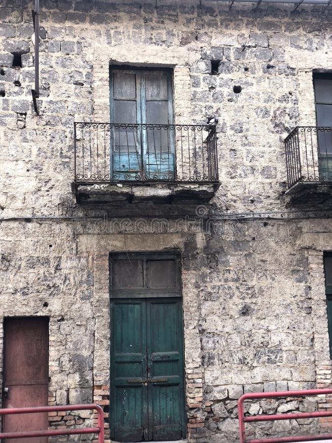 意大利老大厦 免版税图库摄影