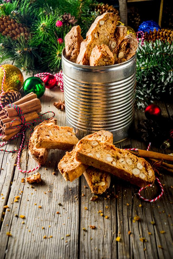 意大利自创二重被烘烤的biscotti或cantuccini 库存照片
