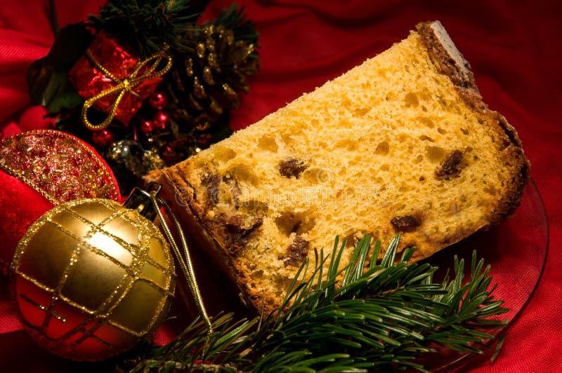 意大利节日糕点、传统蛋糕圣诞节的和新年片断  免版税库存照片