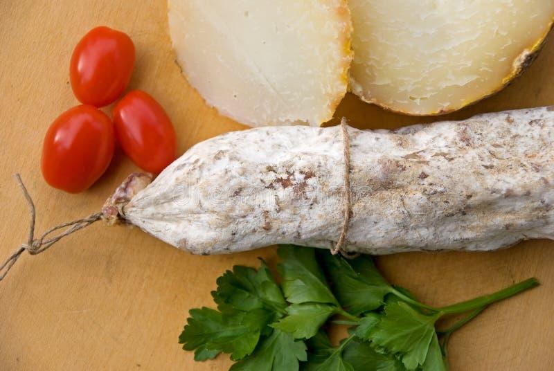 意大利蒜味咸腊肠 图库摄影