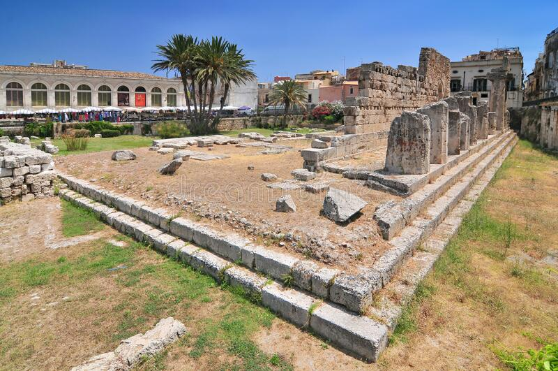 意大利西拉库萨阿波罗神庙 免版税库存图片