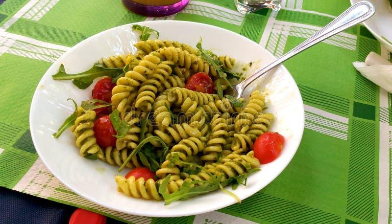意大利面团用pesto调味汁 图库摄影