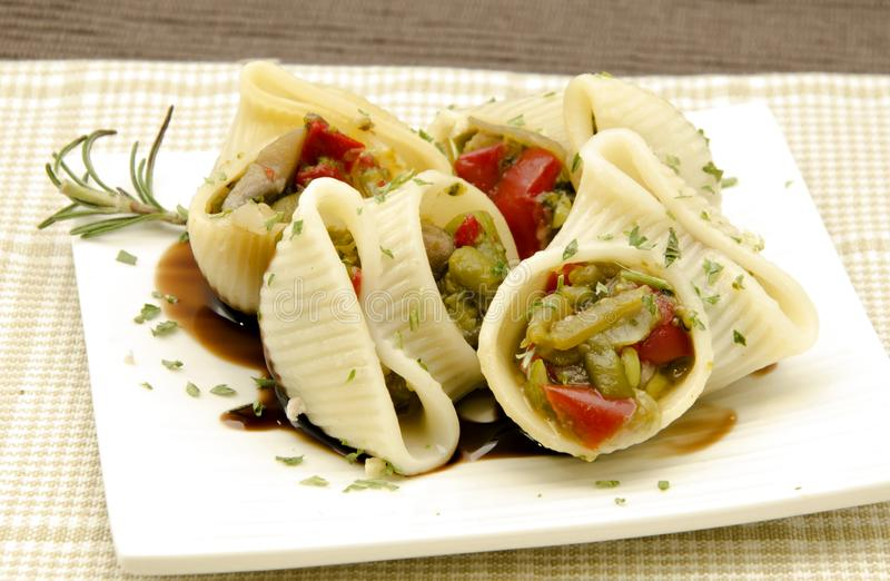意大利面食壳 免版税图库摄影