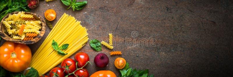 意大利食物背景 免版税库存照片