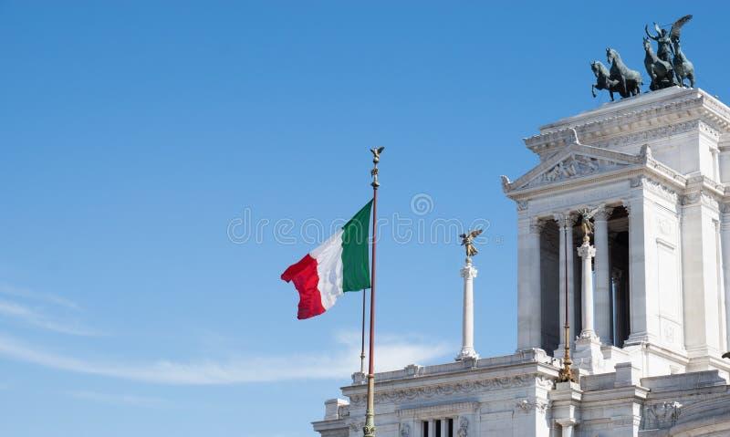 意大利,广场Venezia,罗马,意大利的旗子 免版税库存照片