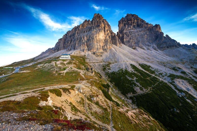 意大利,白云岩-一个美妙的风景,贫瘠岩石 图库摄影