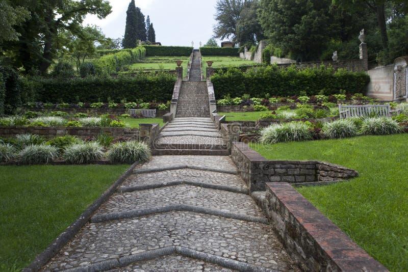 意大利 佛罗伦萨 城市公园方式 免版税图库摄影