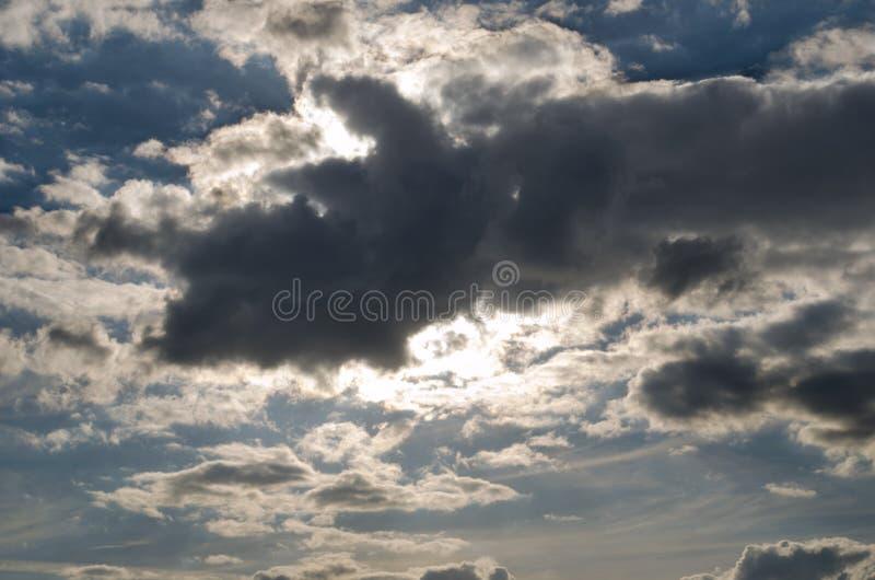 意想不到的cloudscape 多云纹理 免版税库存图片