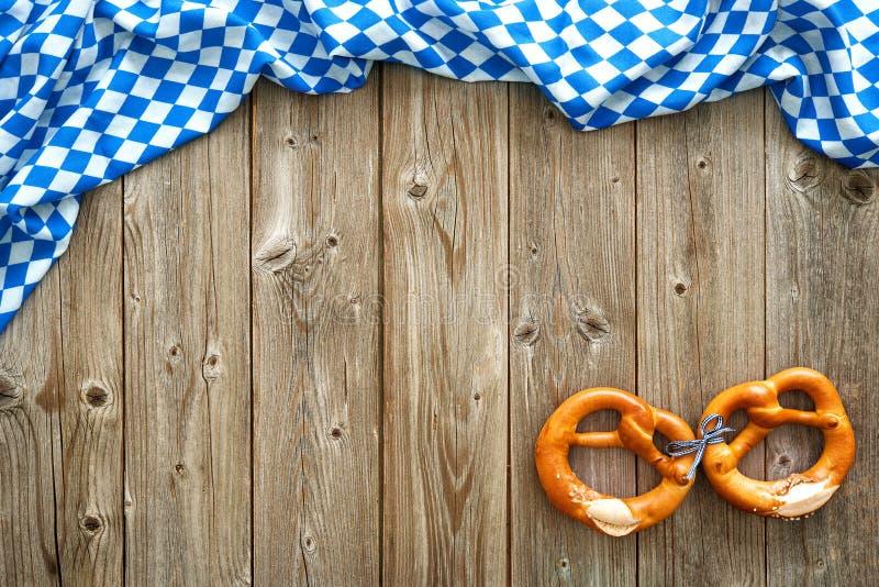 慕尼黑啤酒节的土气背景 免版税图库摄影