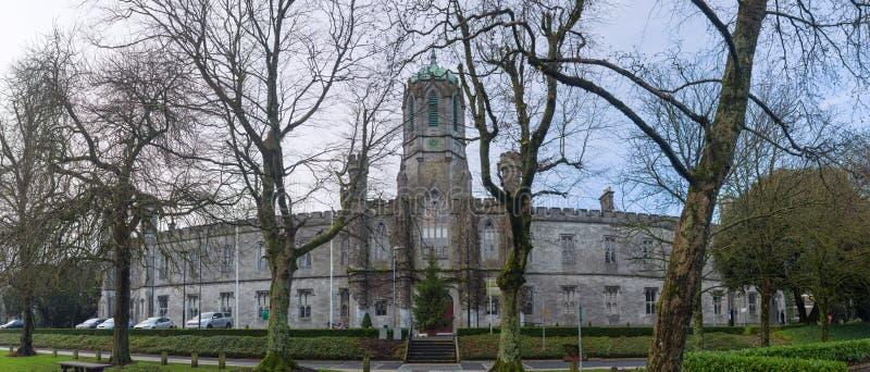 戈尔韦古董大学全景照片在爱尔兰 免版税库存图片