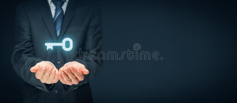 成功或解答的钥匙 免版税库存图片